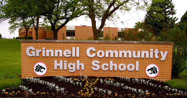 grinnell high school sign